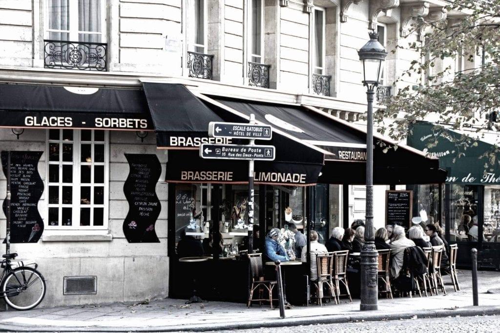 Three days in Paris itinerary - Parisian neighborhood