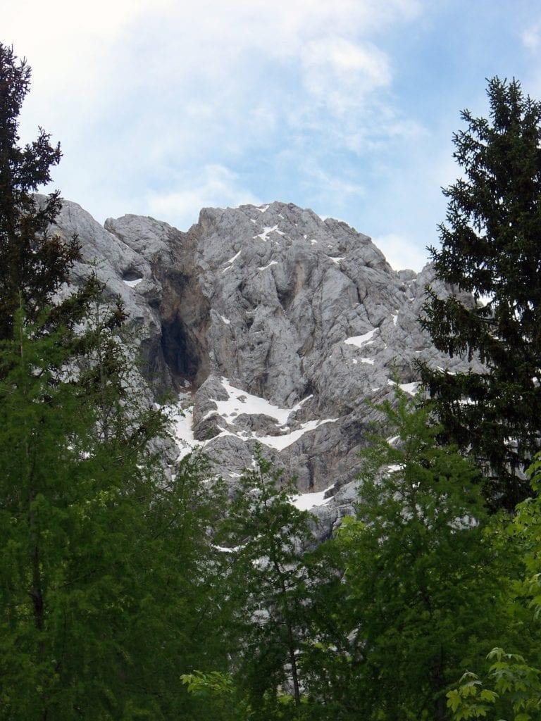 Amazing alpine scenery of the Slovenian mountains (photo source pixabay)