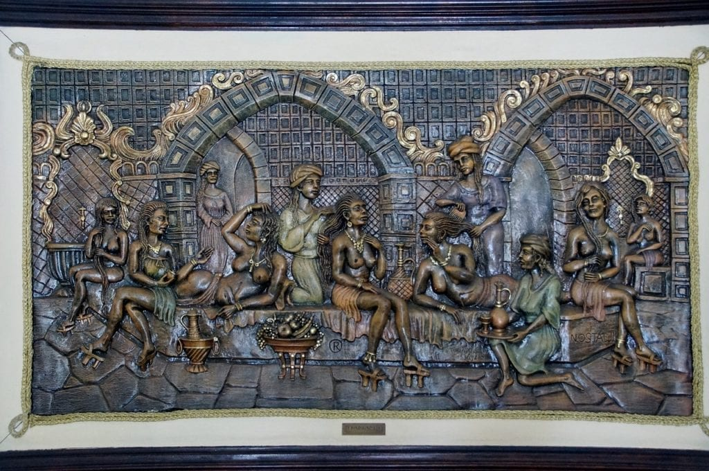Sculpture depicting a traditional Turkish bath