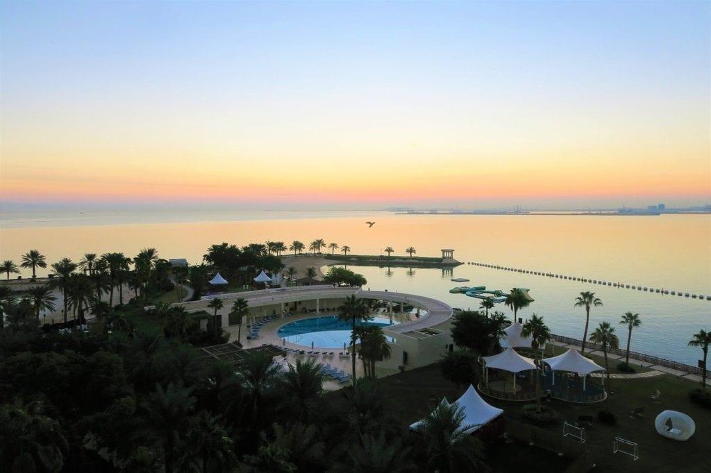 Doha cu copiii - sunset, sunrise, water, pool, sea