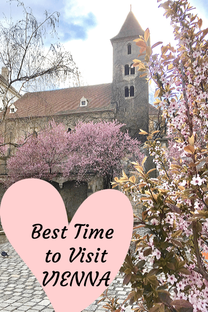 The best time to visit Vienna - after more than ten springs spent in Austria's capital, I have objectively asked the question: what is the best time to visit Vienna? Read why mid-March and April are ideal for a city escape and discover our freebies for you, alongside many other tips from locals to enjoy Vienna at its best! #vienna #austria #spring #freebie #cityscape #europe #getaway #besttime #springtime