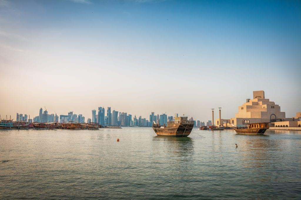 Qatar itinerary - Museum of Islamic Art, Doha, boats dhows, skyline