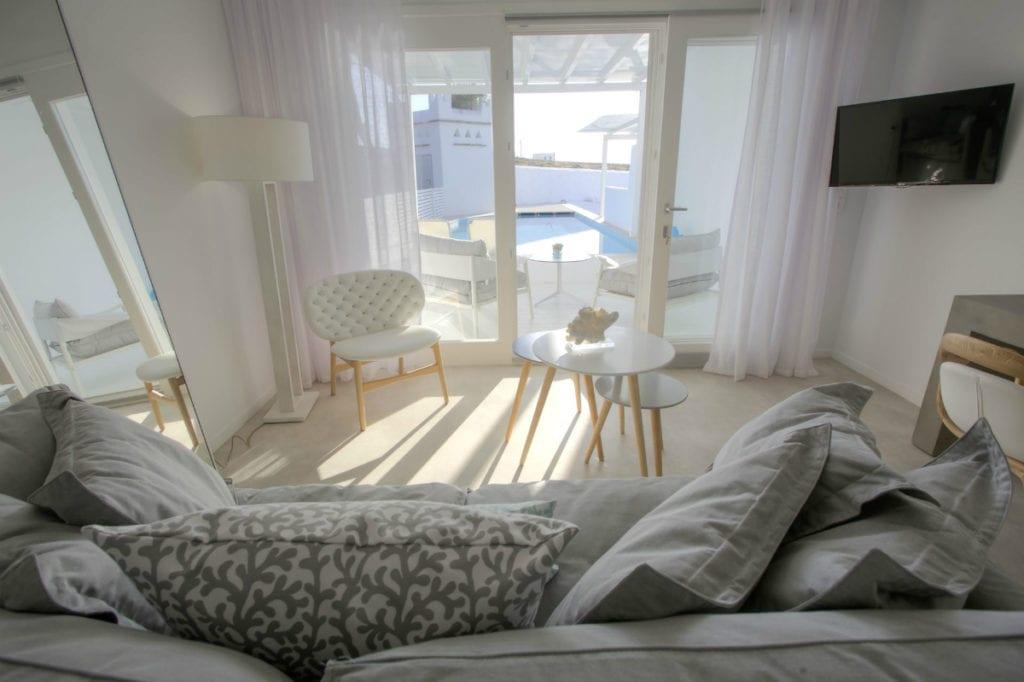 Minois Village Paros hotel Eros Suite private pool