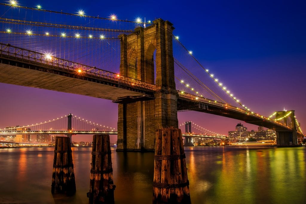 Romantic things to do in NYC - Brooklyn Bridge