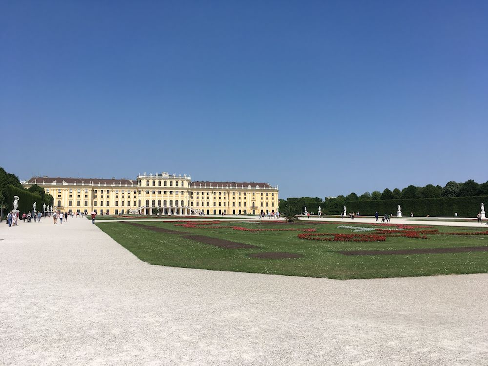 Best sightseeing tours of Vienna - Schonbrunn Palace