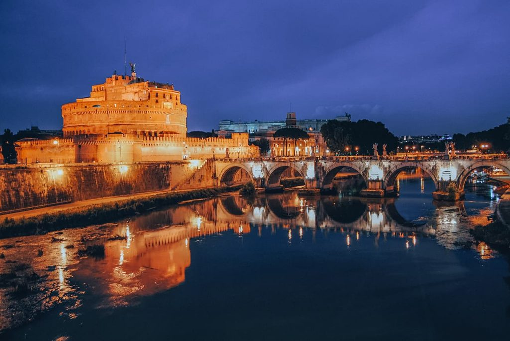 Romantic things to do in Rome - Rome by night