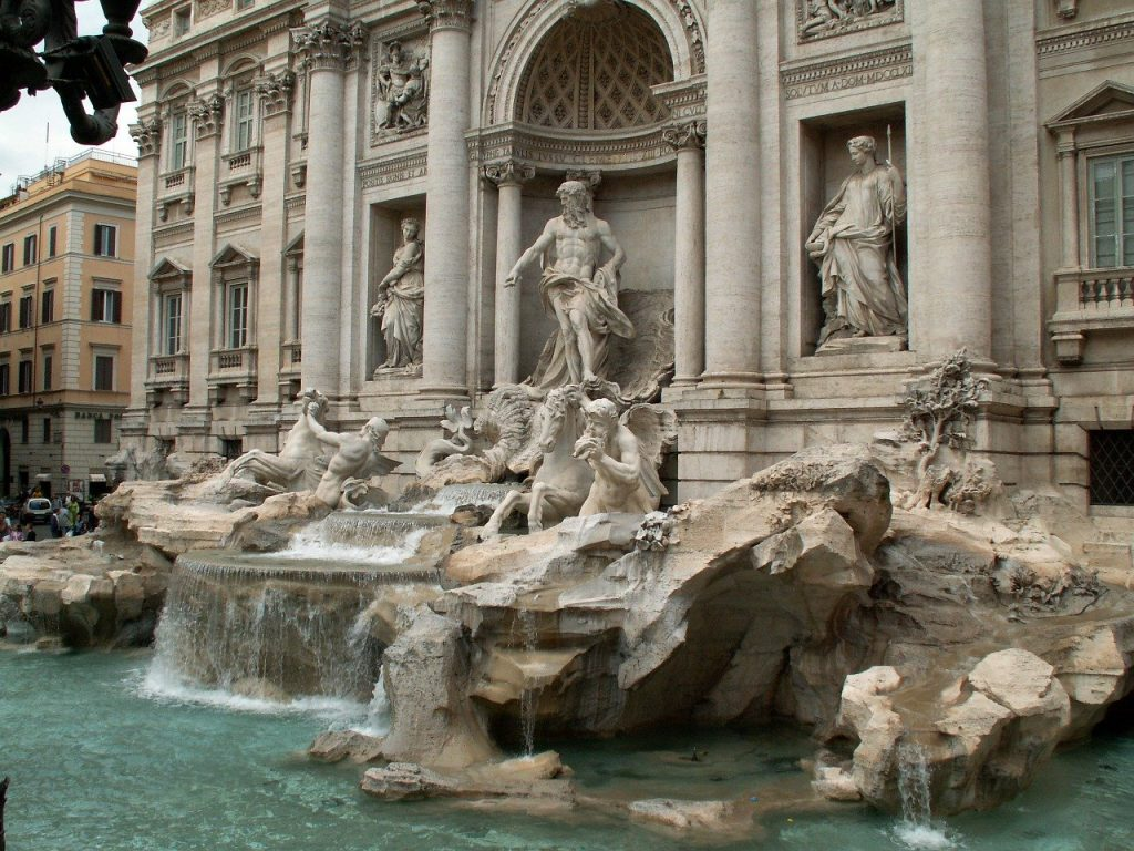 Romantic things to do in Rome - Trevi fountain
